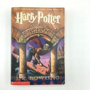 HARRY POTTER Sorcerer's Stone Paperback Book